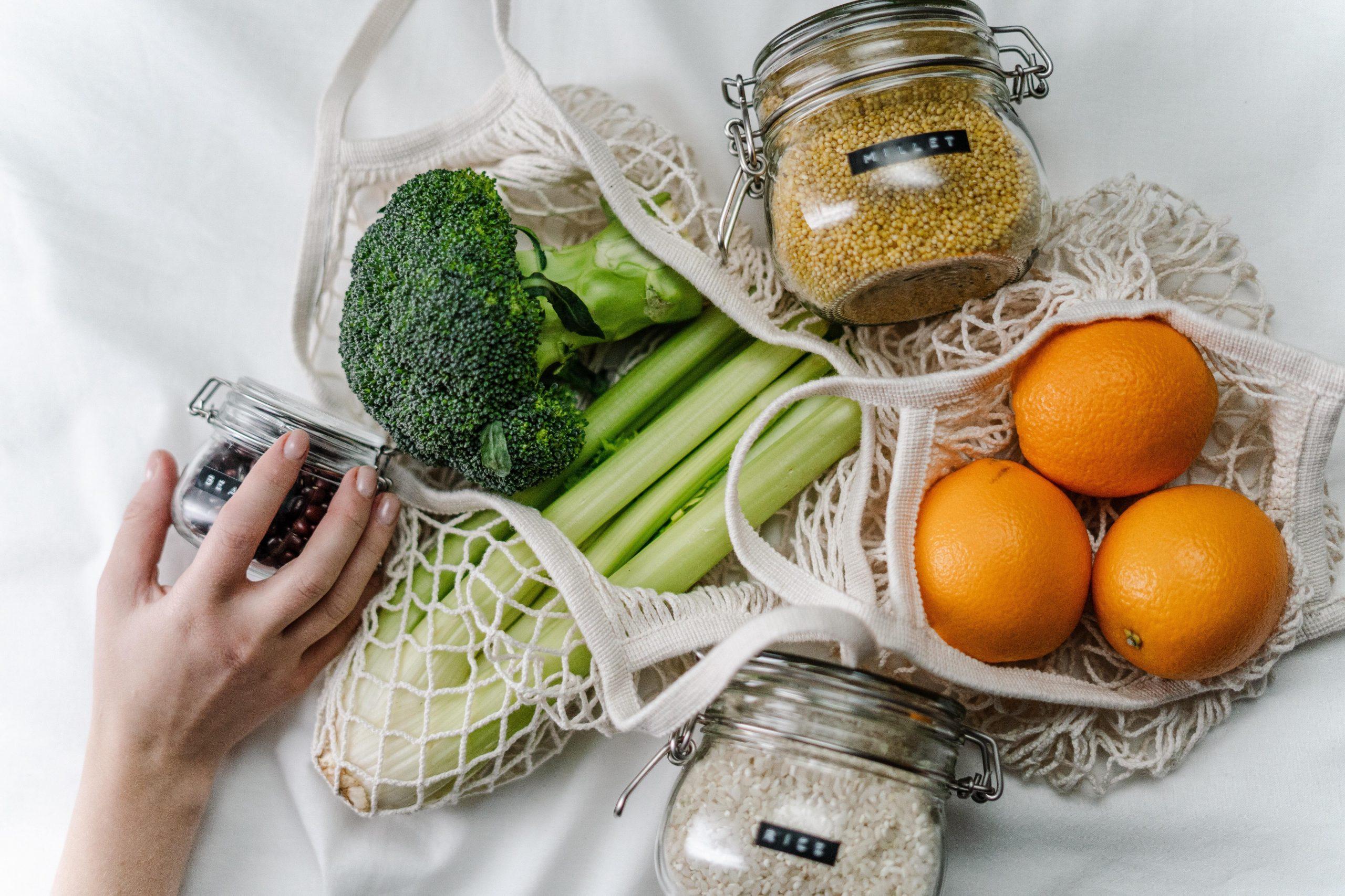 L'alimentazione sana incide sul microbiota intestinale e quello mammario, prevenendo il rischio di tumori al seno.